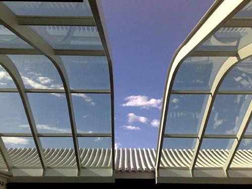 户外屋顶金属平移系统